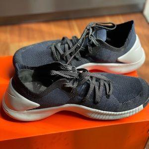 Nike Womens Free TR Flyknit Size 8
